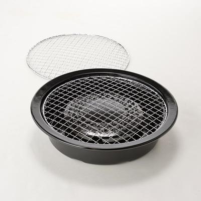 ご家庭やアウトドアで網焼きが楽しめる、イワタニカセットこんろ専用の網焼プレート。