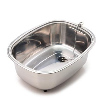 ステンレスで有名な新潟県燕三条産の「脚付きステンレス洗い桶(中栓付き)」。