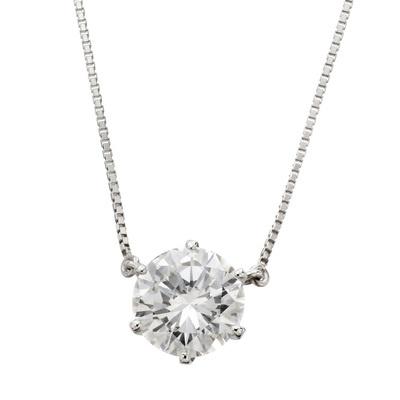 2.00ctUPのカナダ産ダイヤモンドを使った、1石使いの贅沢なネックレスです。