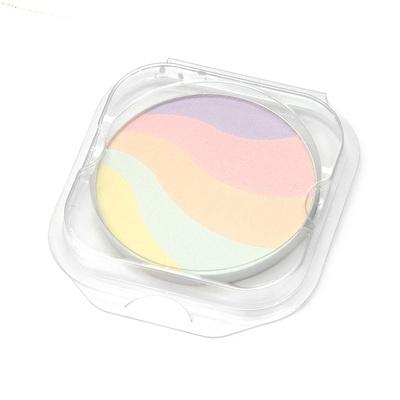 5色をブレンドすることで、くすみやシミ、色ムラをカバーするフェイスパウダーです。