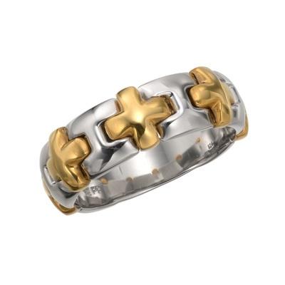 24金とプラチナ999をパーツごとに丁寧に磨き上げ、組合せた贅沢なリングです。