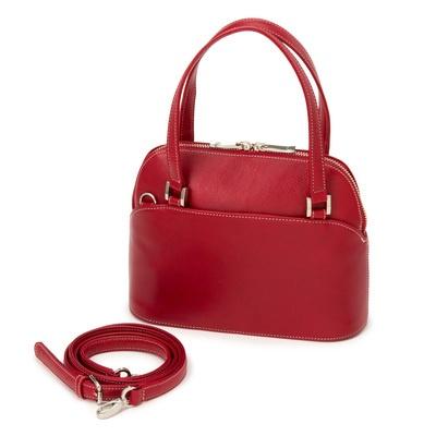 すっきりしたラインと丸みを持たせたシェープでまとめた、小ぶりなバッグです。