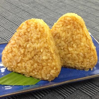 厳選した国産のお米を使用。電子レンジで温めるだけで、簡単にお召し上がり頂けます。