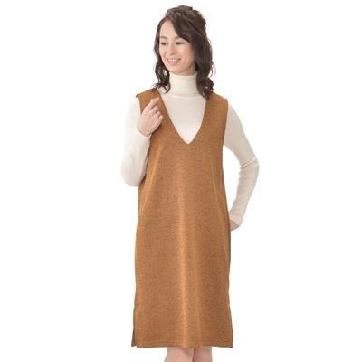 裏起毛素材で暖かく。ストレッチが効いて動きやすいジャンパースカートです。