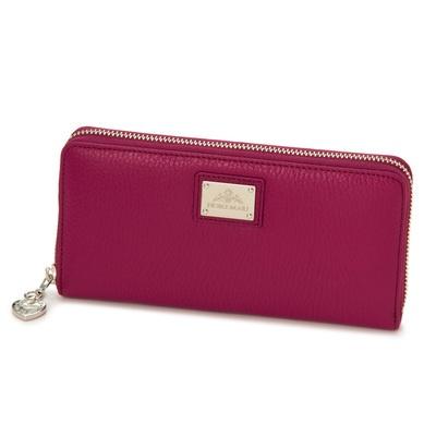柔らかい手触りとしっとり感が特長。イタリア製の牛革を使用したお洒落な長財布です。