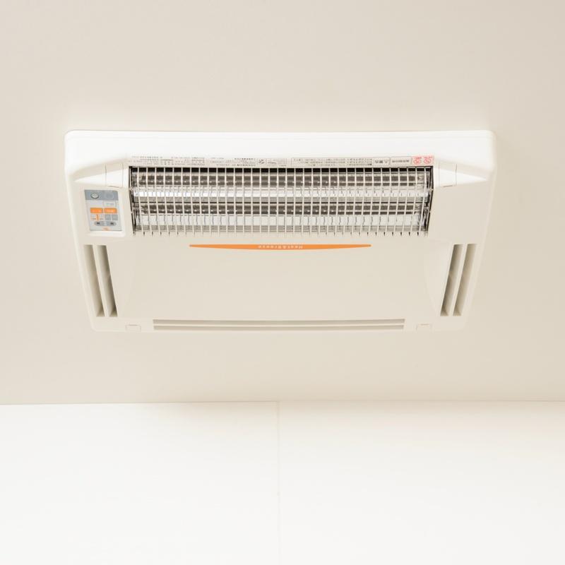 一年中大活躍!浴室換気乾燥暖房機 天井用