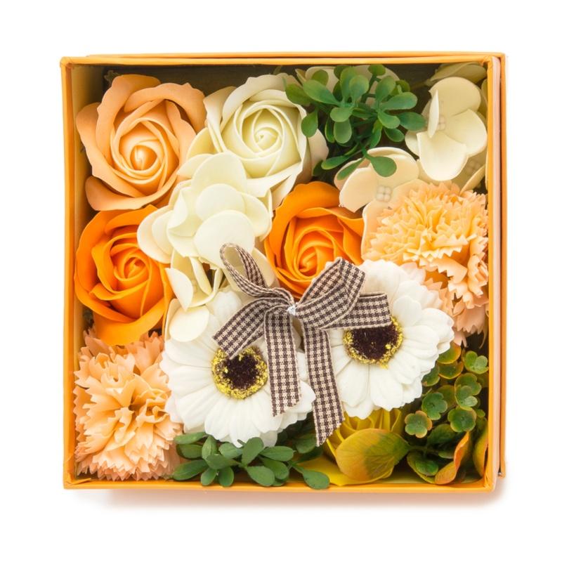 QVCジャパンお花のカタチのギフト フレグランスフラワー ボックス